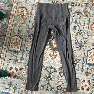 9373cbb4b lululemon athletica Pants - Used Lululemon Align Leggings Dark Carbon